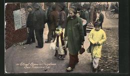 AK San Francisco, CA, Street Scene In Chinatown, Asiatische Familie - China