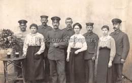 2 CARTES PHOTO ALLEMANDE  SPA    1918   PERSONNEL De CUISINE Du SERVICE Des TRANSMISSIONS (La Fraineuse ?) - Spa