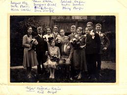 Grande Photo Originale Photo De Famille Avec Noms Et Prénoms à Fürstenberg En 1930 - Couples Adolescents & Dahlias - Identified Persons