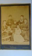 P1011.13  Hungary  - Old Photo - KNotz Kálmán - KÖRMEND - Family Photo  Ca 1880 -handcolored Hair Decoration - Coiffure - Anonymous Persons