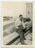 Jeune Homme  Young Man Beauty Elegance  Pose Portrait - Anonymous Persons