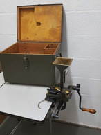 Grailleuse De Bande(gurtfuller) Pour Mitrailleuse Maxim Suisse MG 11 - Armi Da Collezione