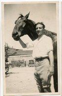 Jeune Homme  Young Man  Beauty Elegance  Pose Portrait Cheval Horse Flou - Anonymous Persons