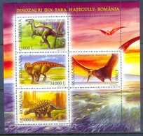 H100- Romania 2005. Dinosaurs Prehistoric Life. - Stamps