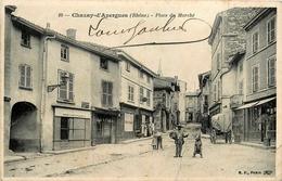 CHAZAY D'AZERGUES - PLACE DU MARCHE - MONTREUR D'OURS - France