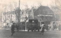 CARTE PHOTO ALLEMANDE SPA  1918  DEPART DES  ALLEMANDS  CAMIONS PLACE ROYALE - Spa