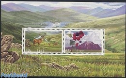 Ireland 2005 Joint Issue Canada S/s, (Mint NH), Nature - Fruit - Birds Of Prey - Deer - Various - Joint Issu.. - Nuovi