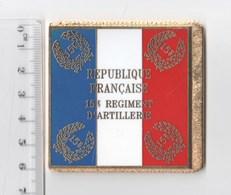 DRAPEAU 15° RA REGIMENT D' ARTILLERIE En Métal Doré - Drapeaux