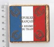 DRAPEAU 20° RT REGIMENT DU TRAIN En Métal Doré - Drapeaux