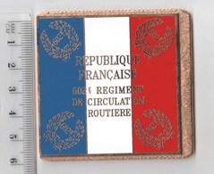 DRAPEAU 602° RCR REGIMENT DE CIRCULATION ROUTIERE En Métal Doré - Drapeaux