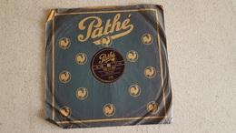 DISQUE 78T  PATHE JEUNESSE ET TOUS LES DEUX  INTERPRETES  PAR REDA-CAIRE - 78 Rpm - Gramophone Records