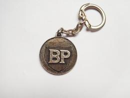 Beau Porte Clés ( No Pin's ) , Carburant Essence BP - Fuels