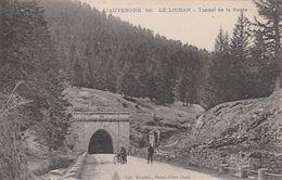 Cp , 15 , LE LIORAN , Tunnel De La Route - France