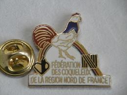 Pin's - Fédération Des COQUELEUX De La Région NORD De FRANCE - Association Confrérie - Associations