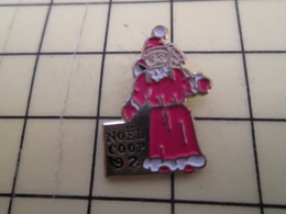 Sp18 Pin's Pins / Rare Et Beau THEME NOEL / PERE NOEL COOP - Christmas