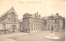 (27) Eure - CPA - Bernay - Place De L'Hôtel-de-Ville - Bernay