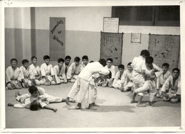 JUDO CLUB DE MONACO . MAITRE IMBERT . Competition De Jeunes - Sports De Combat