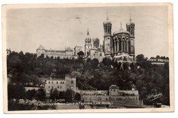 Tarjeta Postal De Lyon . La Basilique De Notre Dame Circulada - Lyon