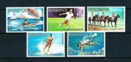 Barbados  Nº Yvert  334/8  En Nuevo - Barbados (1966-...)