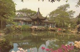 Chine        H60        Wanshi.A Small Pavillon In Wanshi Garden - China