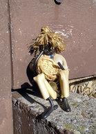 BLACK AFRICAN AMERICAN BOY With Straw Basket Vintage Handcrafted Folk Art Primitive Figure 11 Cm - African Art