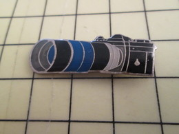 Sp15b Pin's Pins / Rare Et Beau THEME PHOTOGRAPHIE / APPAREIL PHOTO AVEC GRRRRRRROOOOOOOOOOS ZOOM - Photography