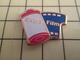 Sp15b Pin's Pins / Rare Et Beau THEME PHOTOGRAPHIE / ROULEAU DE PELLICULE ARGENTIQUE EXTRA FILM - Photography