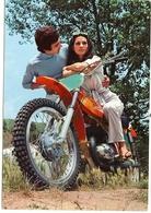 COUPLE SUR MOTO TRIAL - Motorräder