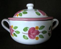 """1 SUCRIER Pot à Sucre Sugar Bowl Zugerdose + 1 CREMIER Pot à Crème Lait Ceramique Faience Earthenware Fleur """"M"""" !? - Signed"""