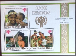 Cook Islands 1979 Year Of The Child Minisheet MNH - Cook Islands