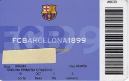 CARNET DE SOCIO DE FUTBOL CLUB BARCELONA AÑO 2001/02 TRIBUNA (FOOTBALL) BARÇA (LA CAIXA) - Tarjetas Telefónicas