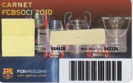 CARNET DE SOCIO DE FUTBOL CLUB BARCELONA TEMPORADA 2010 - BARÇA (CAIXA-NIKE-TELEFONICA-AUDI - Tarjetas Telefónicas