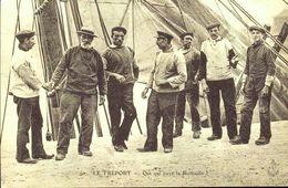 Lot De 12 CP - Cartes D'Autrefois - Reproductions - Guerres Et Militaires,Artisanat Et Petits Métiers (LotD) - Postcards