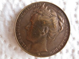 Pays-Bas Médaille Wilhelmina , Amsterdam Le 6 Septembre 1898 . - Tokens & Medals
