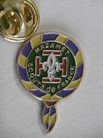 Pin's - SCOUTS DE FRANCE Ville MAZAMET 81 TARN - Associations