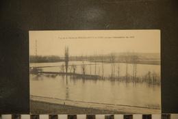 CP, 01, Vue De La Plaine De Venizel Bucy Le Long Pendant L'inondation De 1910 - France