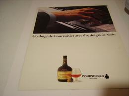ANCIENNE PUBLICITE COGNAC  COURVOISIER 1980 - Alcohols