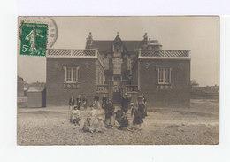 Cayeux Sur Mer. Carte Photo. Villa Avec Groupe De Jeunes Femmes. (2980) - Cayeux Sur Mer