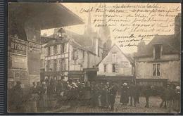 NW_cpa 29_QUIMPER - Vieilles Maisons De La Place St François, Le Marché Attelage Pub Byrrh Bougies Clichy, Amidon Verley - Quimper