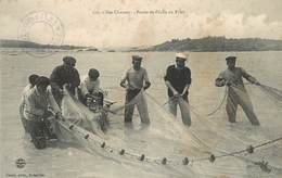 ILES CHAUSEY - Partie De Pêche Au Filet. (cachet De L'hôtel). - Altri Comuni