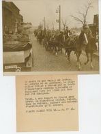 PHOTOS ORIGINALES - 1939 - HITLER Dans Son Automobile Saluant Une Colonne D'Artillerie Vers PRAGUE - Cliché FRANCE PRESS - Personnes Identifiées
