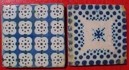 Lot De 2 CARREAUX FAÏENCE BLEUE , Dont  UN CARREAU De MARTRES TOLOSANE . X 2 ANTIQUE TILES BLUE  EARTHENWARE - Martres (FRA)