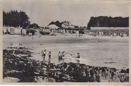 PORT NAVALO: CPA DE 1947.LA PLAGE .ANIMEE ENFANTS PEU COURANTE.T.B.ETAT.REMIS EN VENTE SUITE AU NON REGLEMENT. - France