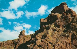 CARTE POSTALE ORIGINALE DE 9CM/14CM : THE PRAYING MONK NEAR PHOENIX PARADISE VALLEY ARIZONA USA - Phoenix