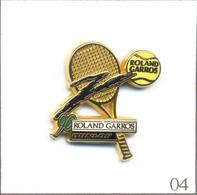 Pin's Sport - Tennis / Roland Garros 1990 - Sponsor Dunlop - Version Gris Foncé. Est. Arthus Bertrand. T609-04 - Tennis