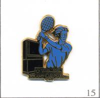 Pin's Sport - Tennis / Roland Garros 1992 - Sponsor Thomson  - Cartouche Noir. Est. Arthus Bertrand. T609-15 - Tennis