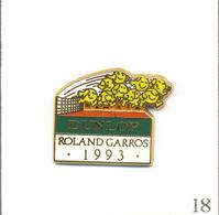 Pin's Sport - Tennis / Roland Garros 1993 - Sponsor Dunlop. Est. Arthus Bertrand. T609-18 - Tennis