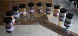 Minéral  Ocres De Roussillon 1977 Ensemble De 10 Flacons Panel De Couleur 1977 - Sand
