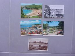 LOT DE 28   CARTES POSTALES    ILES DE JERSEY ET GUERNSEY ( 11 AVEC TIMBRE) - Cartes Postales
