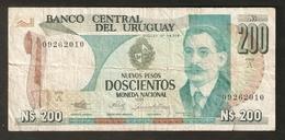 T. Banco Central Del URUGUAY Nuevos Pesos Doscientos Moneda Nacional 1986 N$ 200 # 09262010 Ser. A - Uruguay